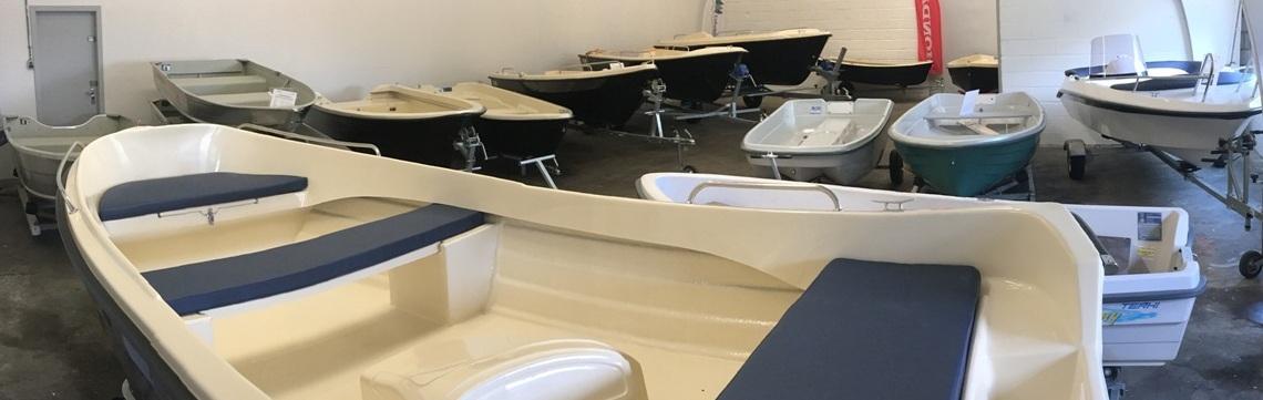 Udstilling af både hos Østfyns bådhandel